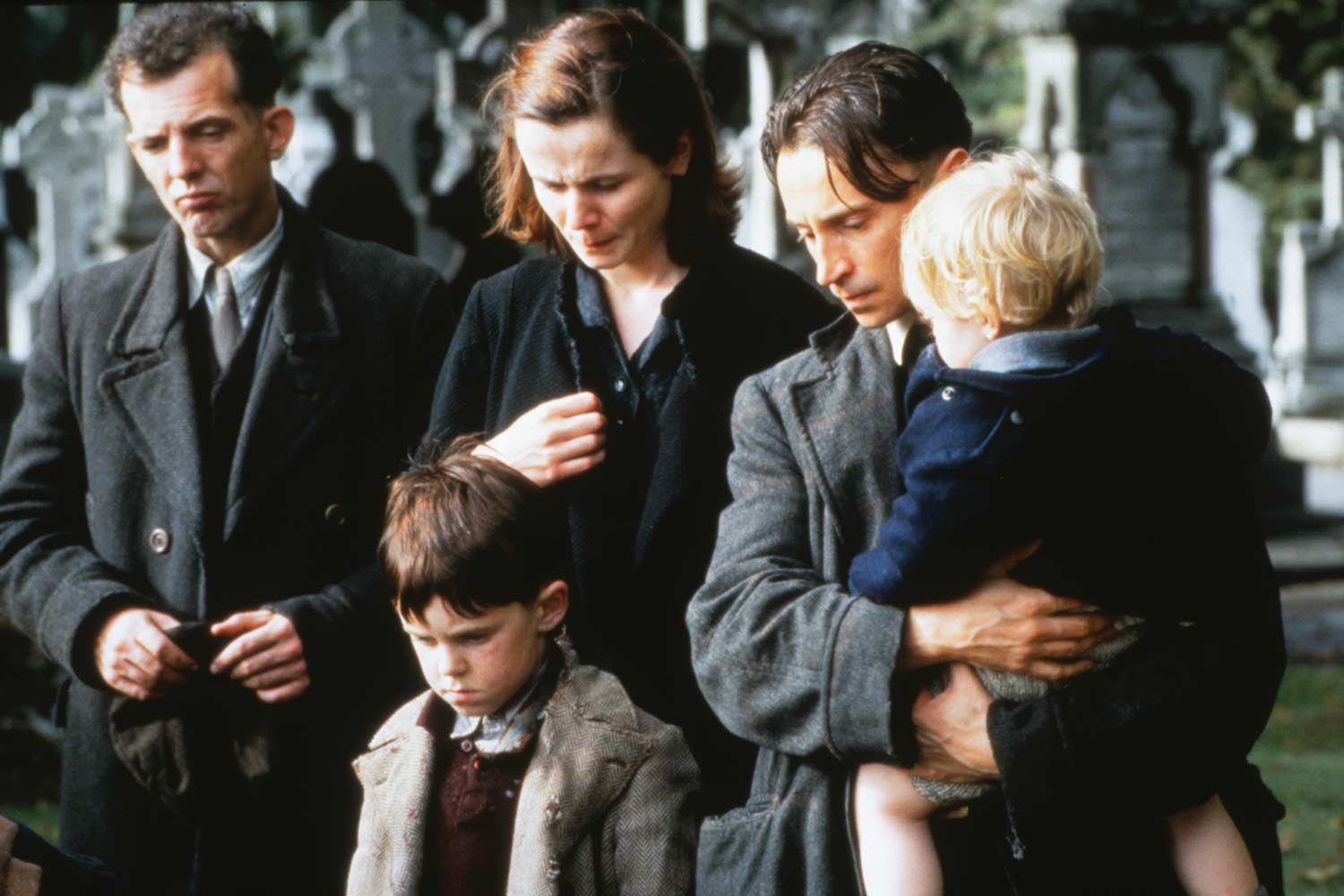 a review of the film angelas ashes Movie news movie reviews television tv news tv reviews music music news music reviews windmill lane radio books  this is ireland's answer to blood brothers - angela's ashes: the musical .