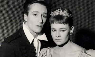 John Neville, Judy Dench, Hamlet